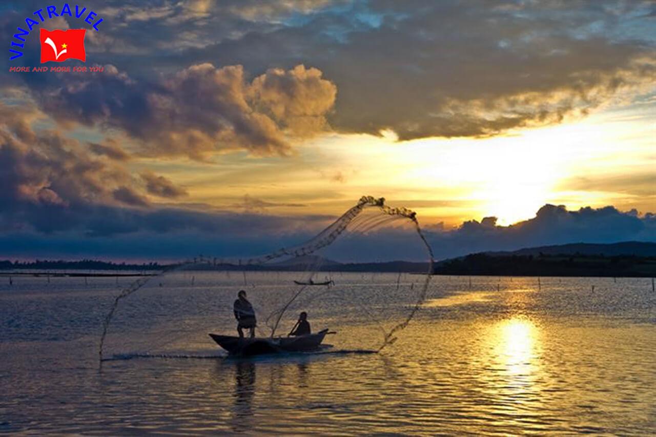 Đầm Ô Loan - Tour du lịch Phú Yên 3N3D