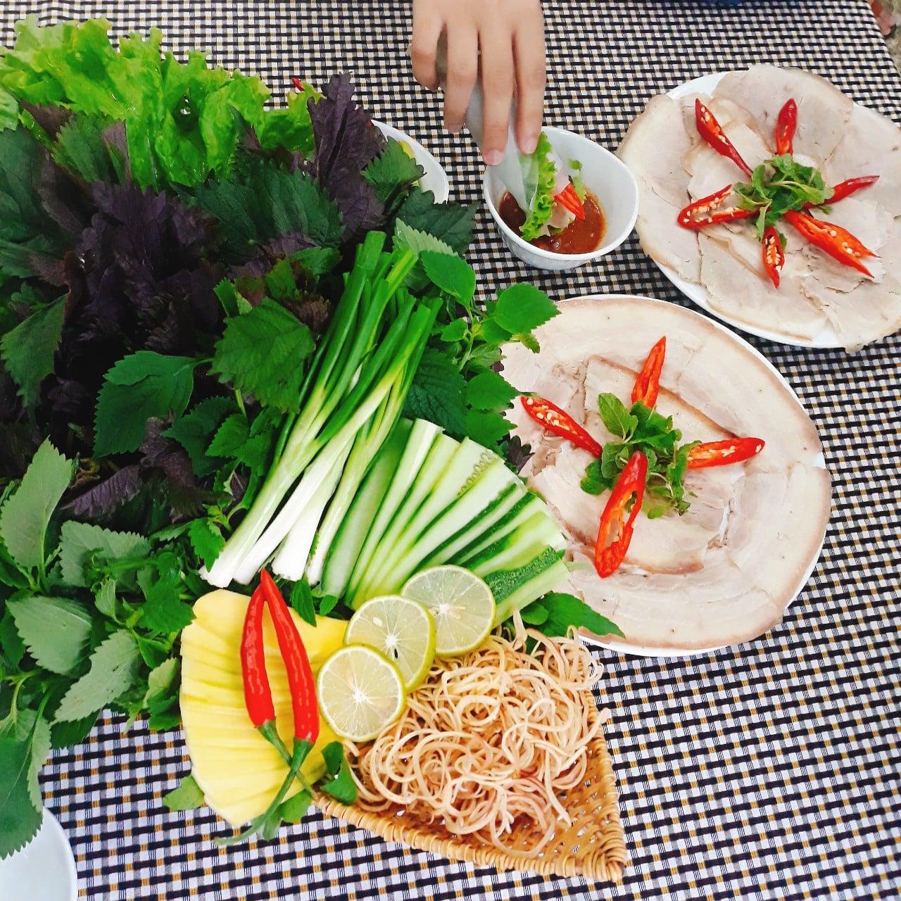 Bánh tráng thịt heo - đặc sản Đà Nẵng - Vinatravel