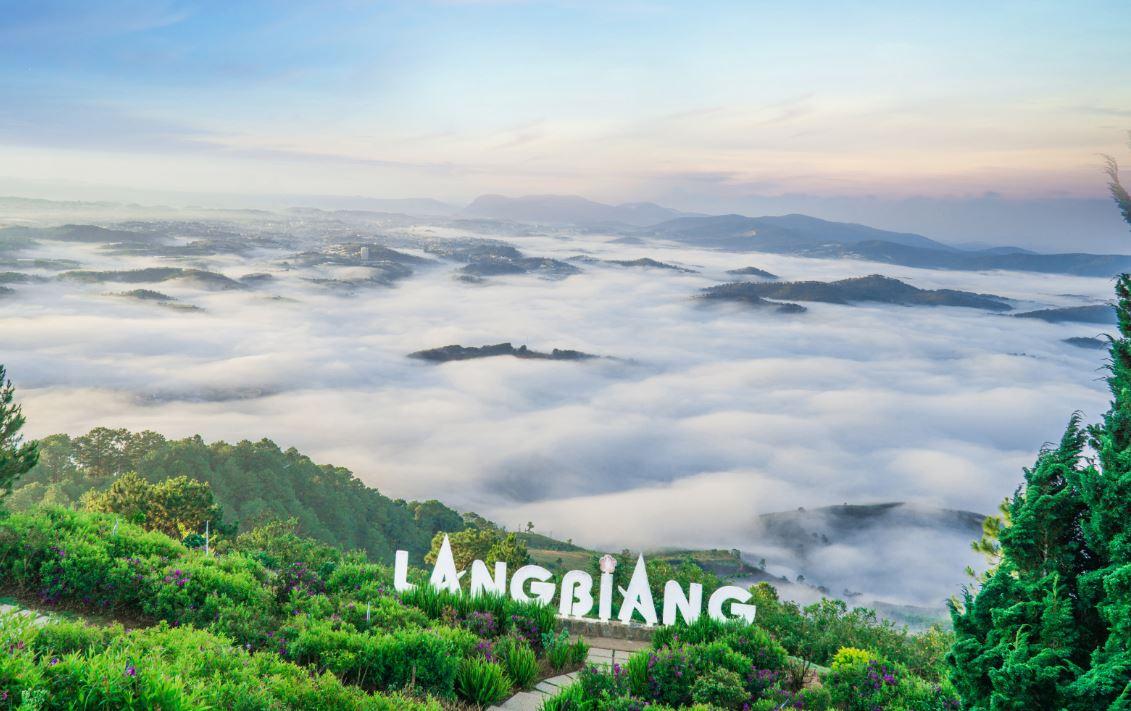 Khám phá Langbiang trong chuyến đi Đà Lạt 3N3Đ cùng Vinatravel