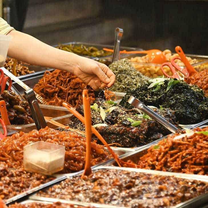 Ăn hết tất cả những món này cũng thần hồn điên đảo - 3 khu chợ siêu hot ở Seoul