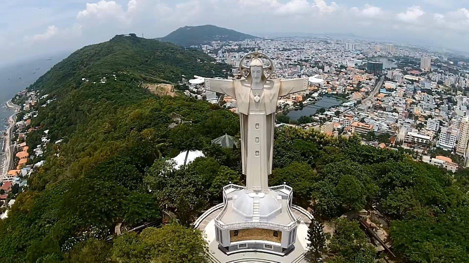 Núi nhỏ,tượng chúa Kito - Tour du lịch Vũng Tàu 2n1d