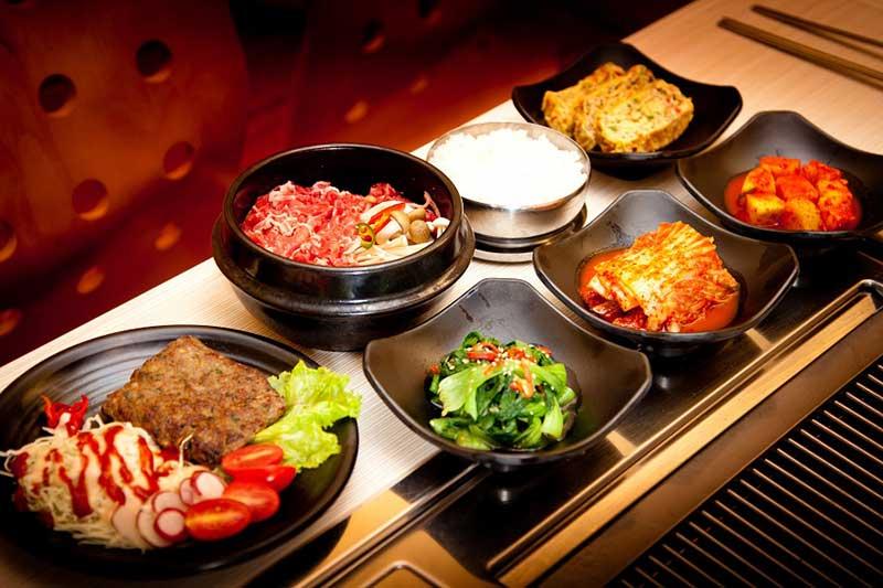 Hãy chiều chiếc bụng đói của mình bằng một bữa ăn thật suôn sẻ - những câu tiếng hàn thông dụng