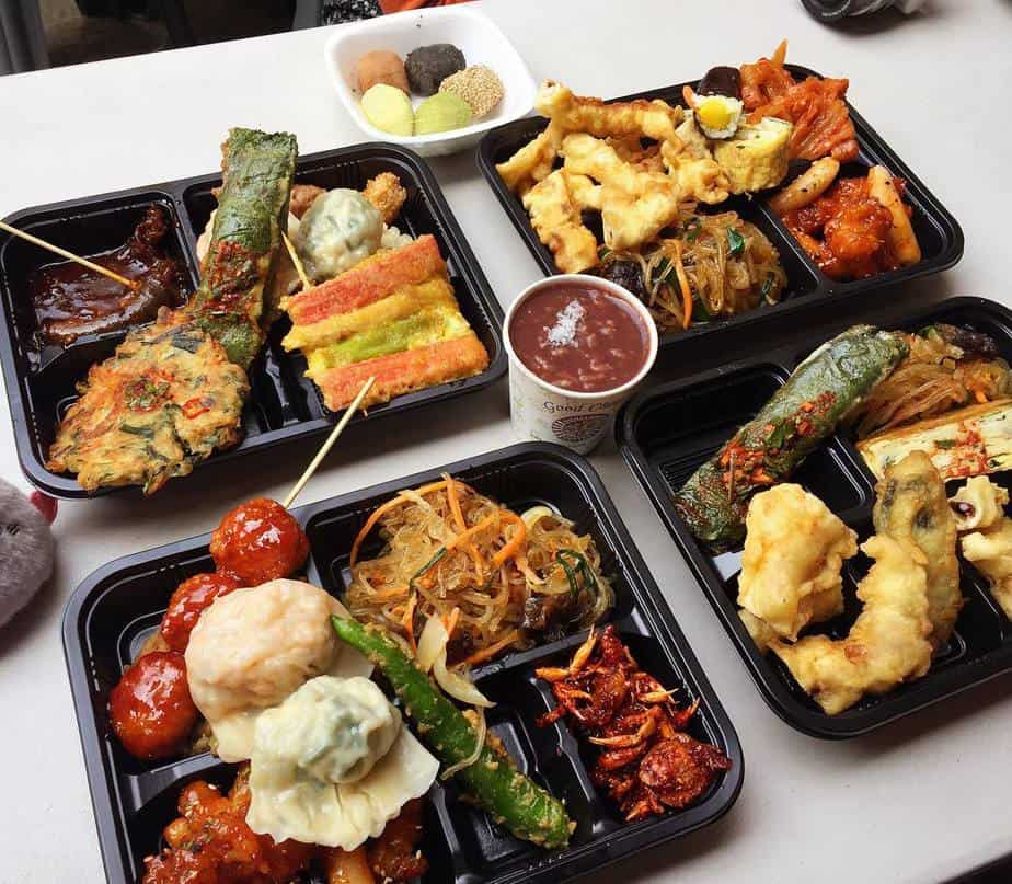 Những món ăn đa dạng, siêu ngon ở chợ Togin nè