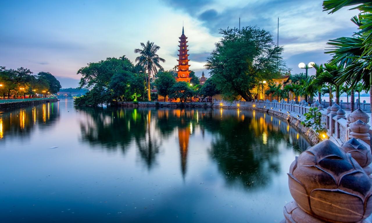 Chùa Trấn Quốc - Tour du lịch Hà Nội - Hạ Long - Sa Pa 5N4D