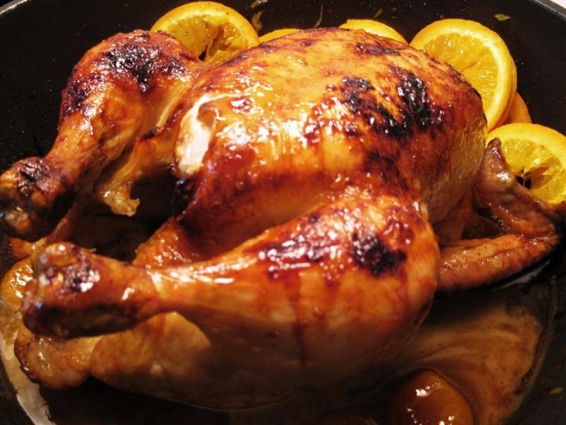 Món gà hấp dẫn trên từng cm này đã làm say lòng bao thực khách sành ăn