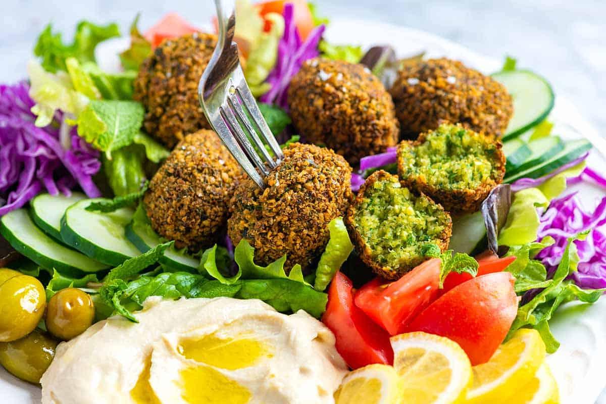 Món ăn đẹp đẽ đến quyến rũ kinh nghiệm du lịch Dubai