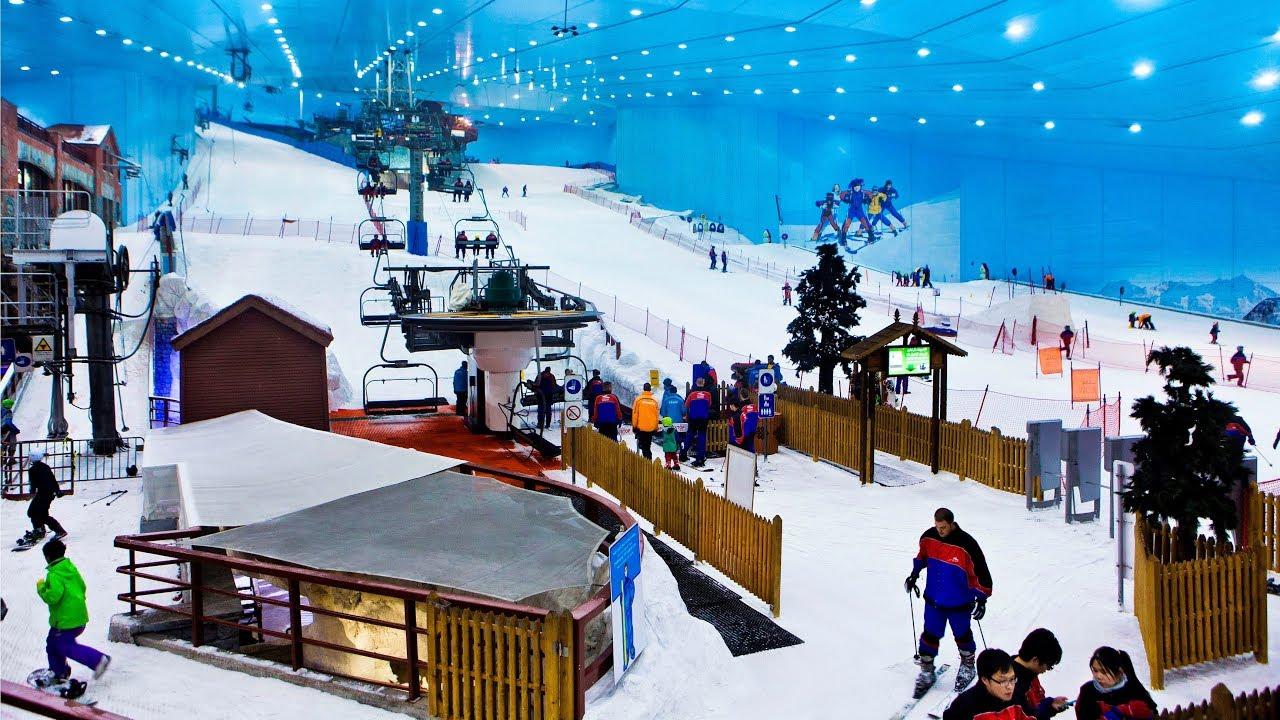 Xứ sở tuyết trong mơ ngay trong lòng trung tâm thương mại thiên đường mua sắm ở Dubai