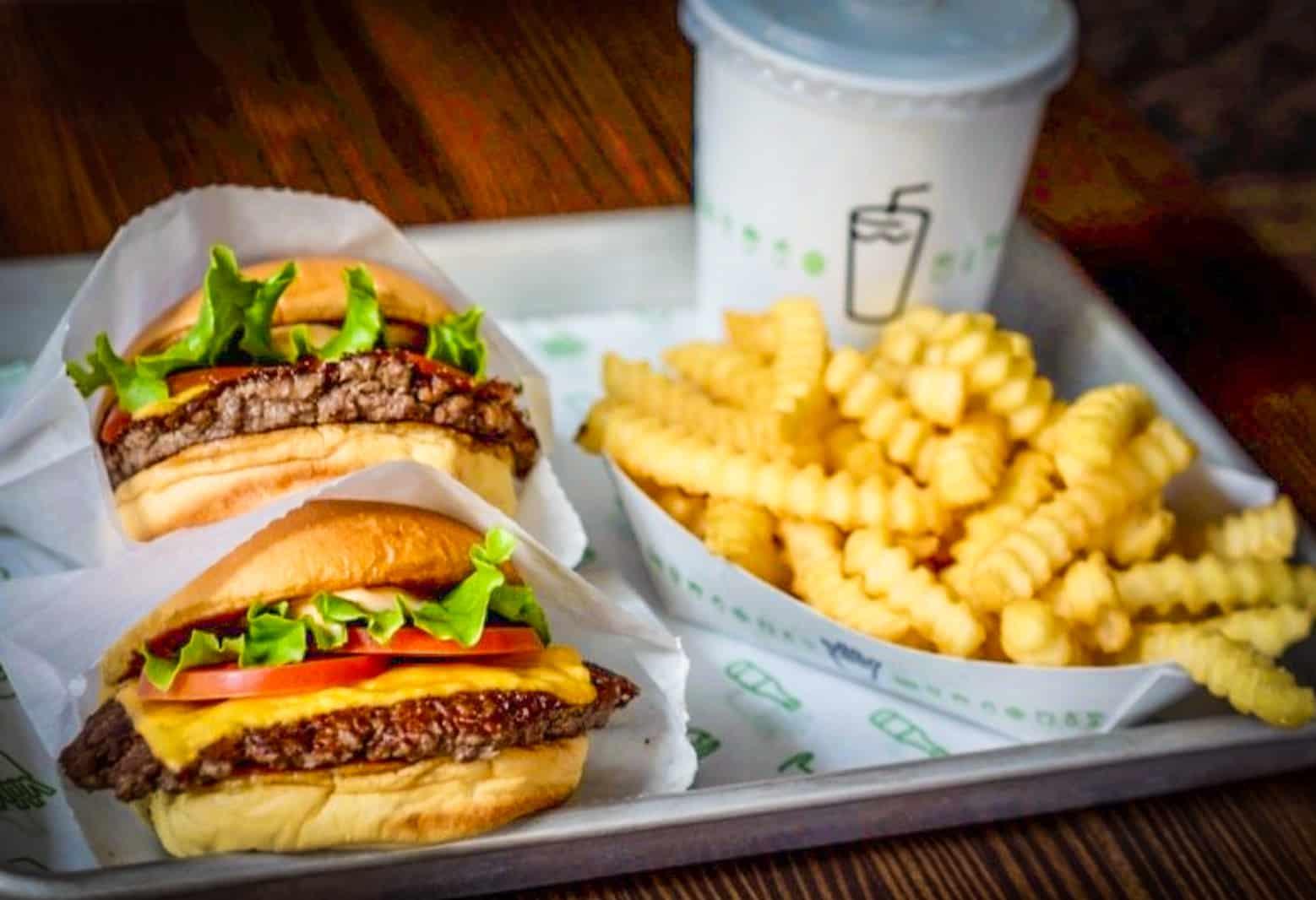 Những món ăn nhanh siêu ngon siêu hấp dẫn tại Shake Shack