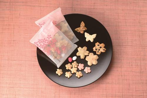 Những set bánh mùa xuân như thế này thường được du khách mua làm quà biếu