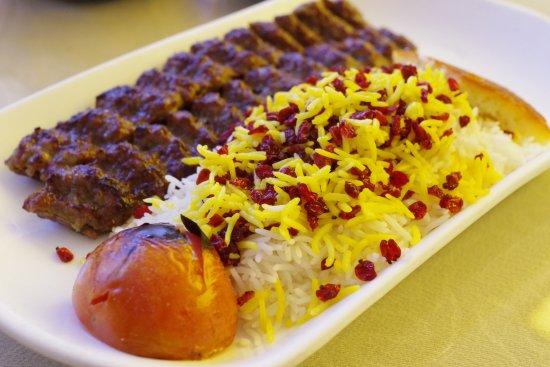 """Món """"cơm tấm"""" thơm ngon đúng điệu Dubai"""