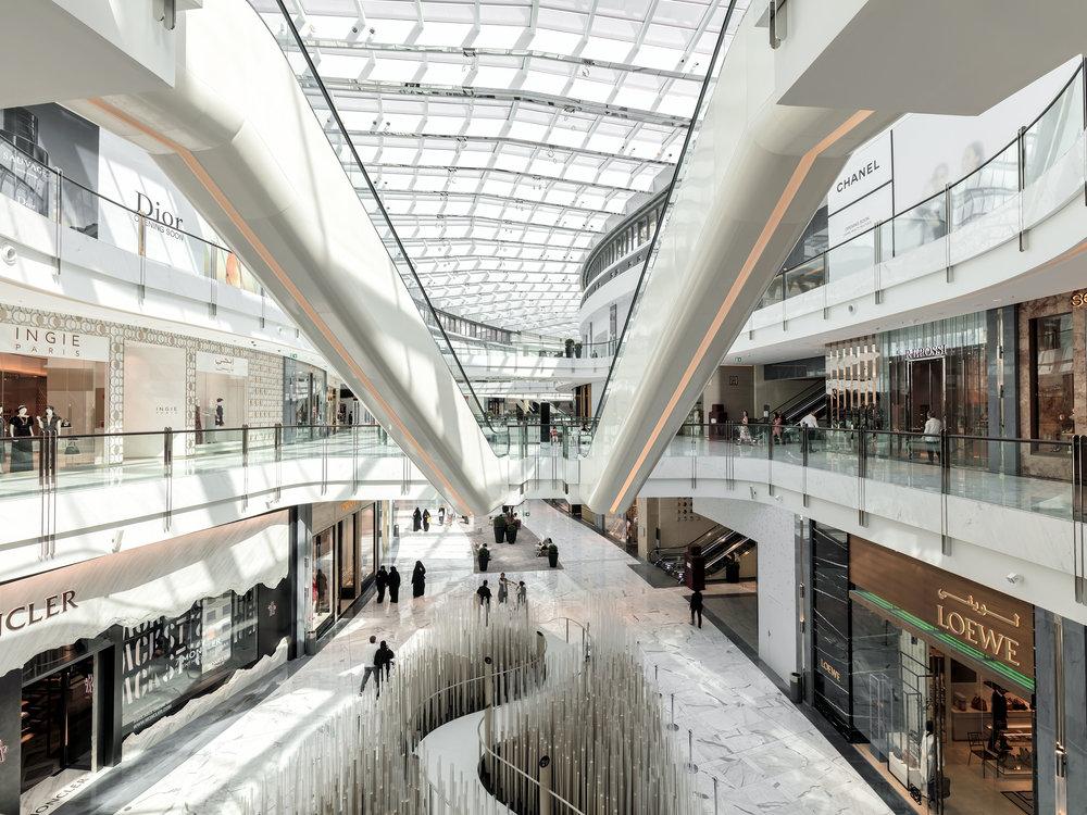 Không gian sang trọng, tráng lệ của Dubai Mall thiên đường mua sắm ở Dubai