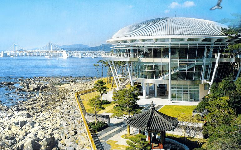 Check in ở đây cũng cho ra đời những bức ảnh không kém phần thời thượng nè review du lịch Hàn Quốc