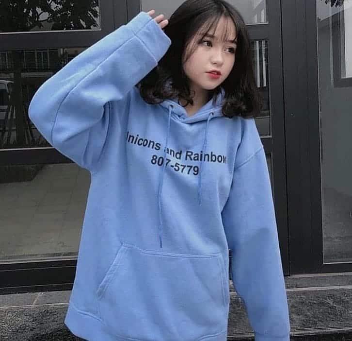 Áo hoodie lúc nào cũng dễ thương