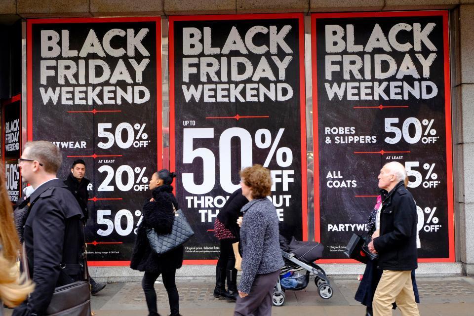 Mùa mua sắm rộn ràng nhất trong năm
