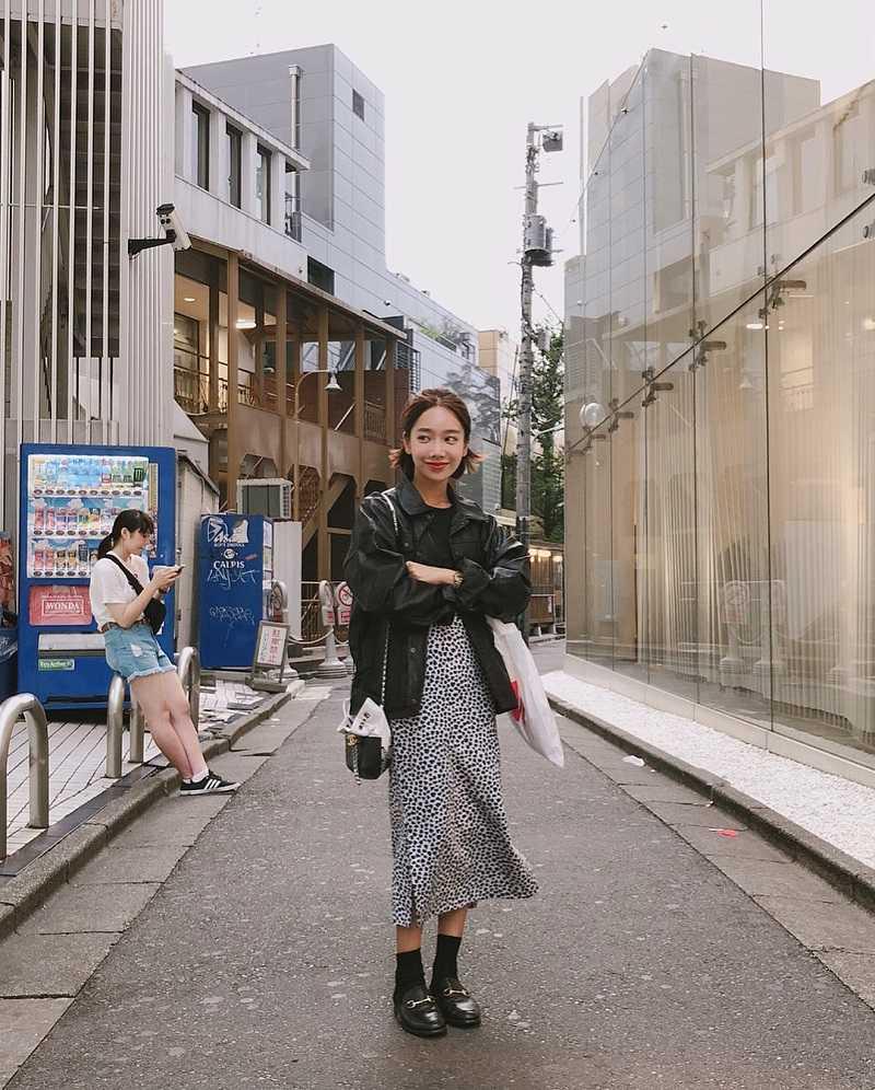 Vừa cá tính, vừa dịu dàng là đây trang phục du lịch Hàn Quốc