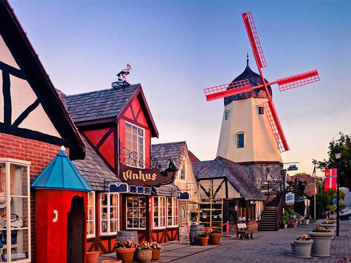 Ngôi làng Châu Âu xinh đẹp trên đất Mỹ