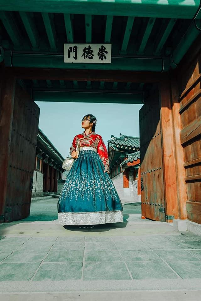 Vẻ đẹp cổ kính nhưng không kém phần nên thơ của cung điện cổ kinh nghiệm du lịch Hàn Quốc