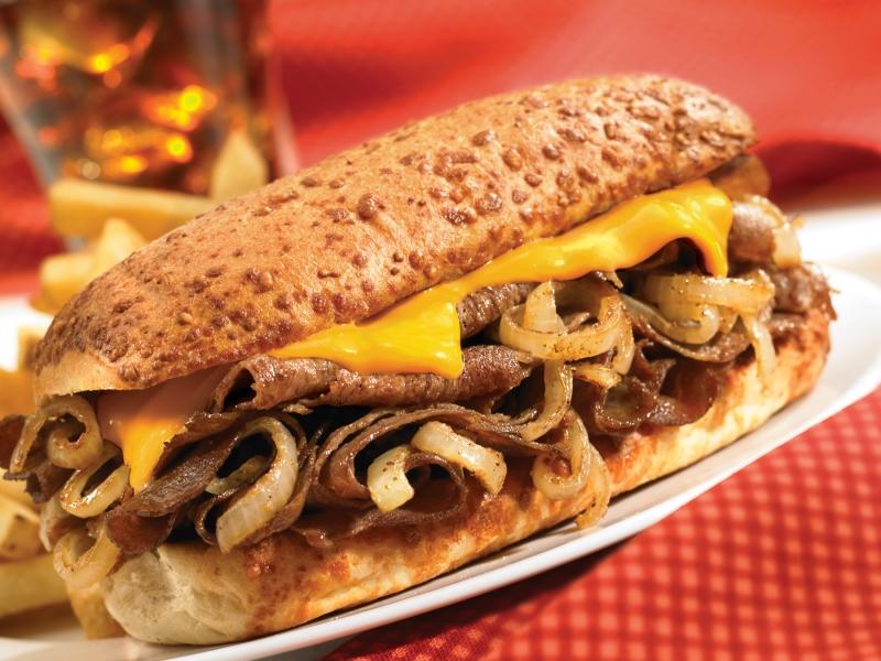 Món bánh này nhìn cũng tựa tựa bánh mì Việt Nam nhỉ kinh nghiệm đi du lịch Mỹ